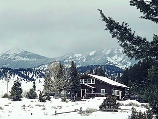 Rustic Yet refined Cabin at the Base of the Crazy Mountains