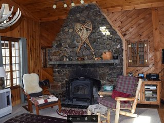 Charming 3 BR Cabin near Whiteface and Adirondack Wildlife Refuge