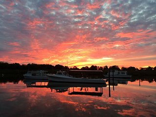 Perfect getaway, waterfront townhouse on Chesepeake Bay, Kent Island, Maryland