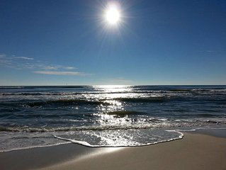 � December getaway. Come relax. Top rated! Sleeps 4. Public service discount. ⛱