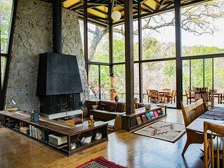 Luxury Retreat on 4,000 acre ranch in Yosemite California Sierra foothills