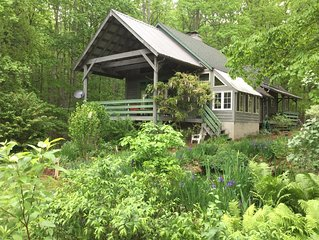 Luxury Rustic Cape Cod Lodge Adjoining Jefferson Nat'l Forest 5 mi. to VT Campus