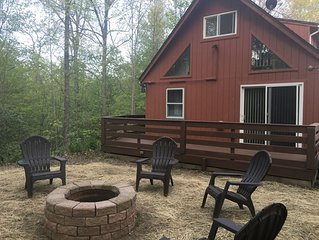 Keuka Hydaway Charming Cabin in a Quiet Setting