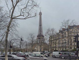 Eiffel Tower View 2 Bedroom with A/C!