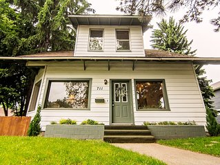 Charming 5 Star Home in Downtown Coeur d'Alene! Steps from Sherman Avenue!!
