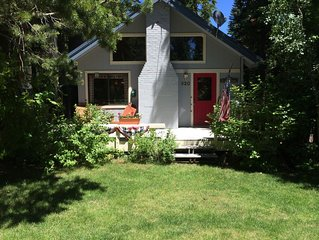 West Shore home: A boutique, cheerful retreat next to lake, trails, internet