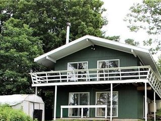 Cottage rental in the Thousand Islands, Alexandria Bay, NY with dock