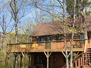 Cozy Cabin, Great View, Lake Access, Game Room, Wrap Around Porch