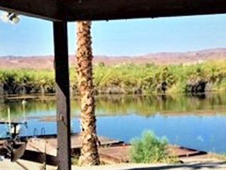 Martinez Lake - Secluded Lakefront property with Private Dock & boat ramp.
