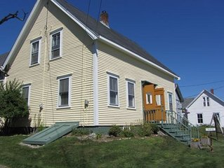 Lubec Downeast Village Ground Level Apartment-- Walk To Beach And Restaurants