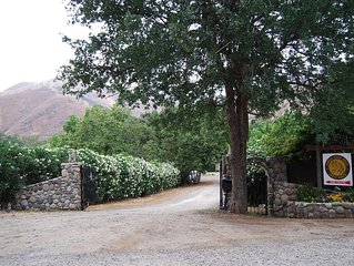 Nestled Between Sequoia Nat'l Park And Lake Kaweah - River Front Ranch