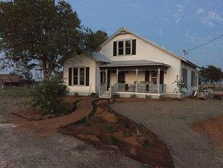 Papa's Hill - 100 yr old Farmhouse near Georgetown