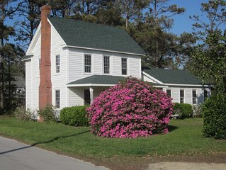 Private house in quiet village close to Cape lookout National Seashore