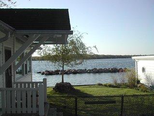 Beautiful Lake Simcoe Beachfront