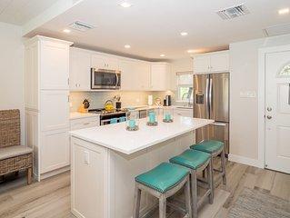 Gorgeous And Exquisite ~ Newly Renovated ~ Main Floor Oceanfront Condominium