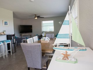 NEW to market, Quiet JAX BCH house, new interior, 3 HD TV's, BBQ & Pet Friendly