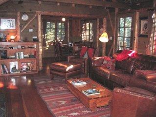 Blackhawk Lodge, Vintage 'Old Tahoe' Log and Timber Cabin