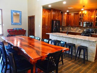 Home on the Range - 5 bed, 5 bath with Pool, Sleeps 20