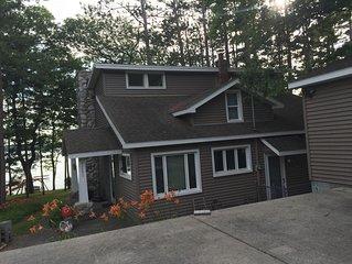 Beautiful 4 Bedroom Home located right on Van Ettan Lake!!