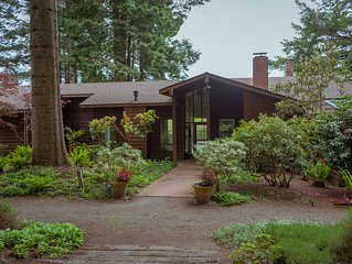 Modern Home on 20 acres; hot-tub, orchard, trails