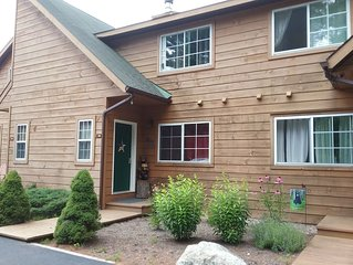 Updated Adirondack Townhouse w/Mountain Views- Close to Lake George & Gore