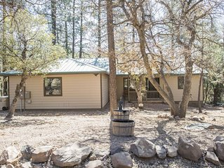 Private, Back to Nature Getaway in the pines of Pine!