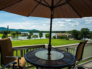 Bernard's Landing Romantic  Penthouse * Smith Mountain Lake, Waterfront, Moneta