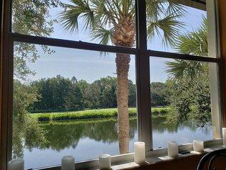 Pelican Sound - 3 Bedroom Coach Home - Top Floor - Golf & Tennis - Amazing Views