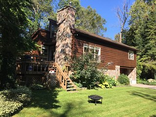 Large Stunning Cottage For All-Season Getaways!!
