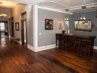 Barber Loft Located In The Heart Of The Old City Of Downtown Knoxville