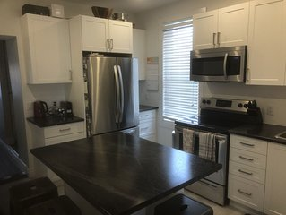 Fully Renovated House - Downtown, Walk Everywhere
