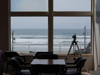 Heceta Beach House Watch whales , spectacular ocean view and amazing sunsets