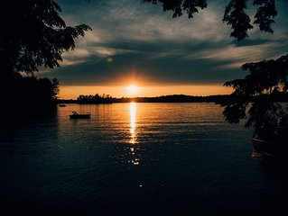 The Most Spectacular Island Sunset View In Muskoka.