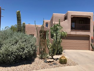 Wonderful Santa Fe style home minutes from the Catalinas feels like resort life