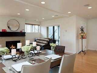 2 BR Townhouse Retreat in Bustling East Lake