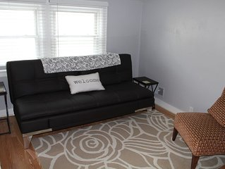Walk to Downtown Royal Oak from this comfortable upper flat.