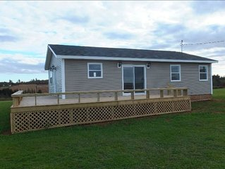 NEW BUILD -Cozy Cottage Close to Fantastic Beaches!