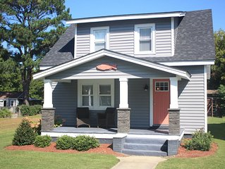 Cape Charles Historic District - Wonderfully Renovated - Family Friendly!