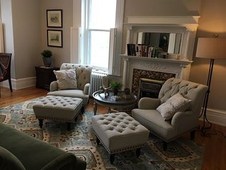 Your Home Away From Home! Walking distance to Downtown Belleville