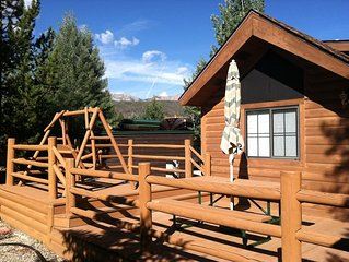 Breckenridge Tiger Run Resort cozy mountain chalet 1Bd w/ loft and large decks.