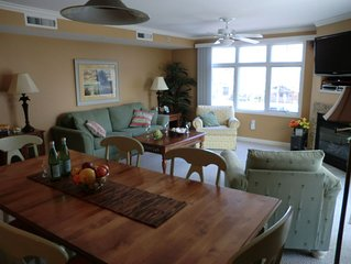 A retreat amongst the fun, beautiful, luxury condo with pool, awesome location.
