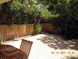 Agréable T2 sans vis-à-vis en rez-de-jardin, piscine, Fréjus-Saint-Raphaël
