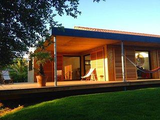Maison bois, 130m2, 3 chambres + 1 mezzanine sur 1000m2 de terrain, Wi-fi