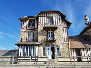Proche Deauville jolie maison normande sur la plage , 5 chambres ensoleillées