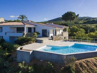Villa Rive sud ,piscine, proche plage  , vue golf d'Ajaccio et iles sanguinaires