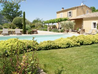 Appart dans maison av exterieur et piscine au pied du luberon (Vaucluse)