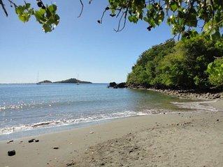 Appartement villa avec piscine et plage au coeur de la reserve marine