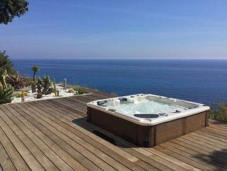 Tarco Maison face a la mer vue exceptionnelle a 180° . Mouillage bateau