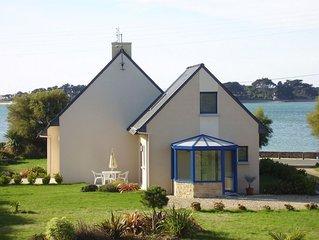 Charmante maison contemporaine récente, idéale 2 personnes à 30m de la mer