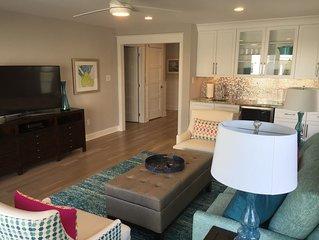 AVALON BEACH BLOCK! 7 bedrooms.7.5 bath.Pool. Linens. Towels. Tags. Beach Chairs